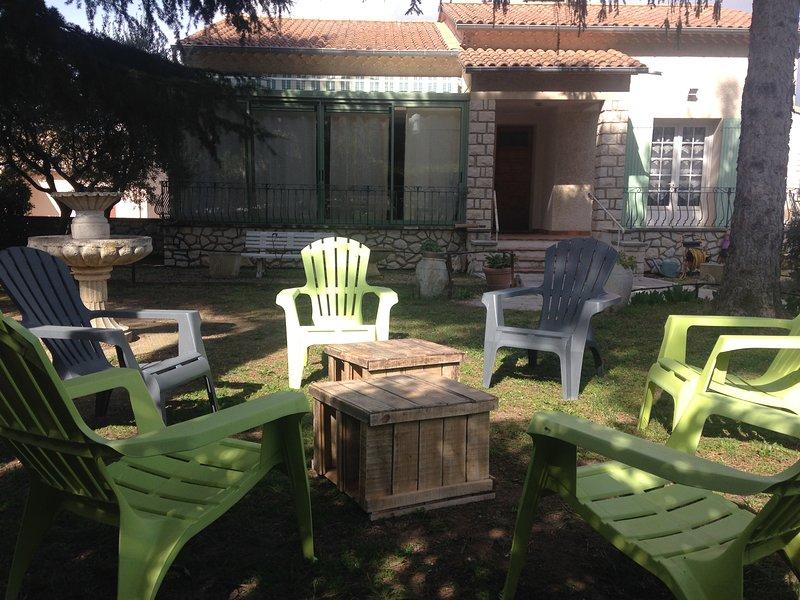 maison individuelle au pied du village Bonnieux, holiday rental in Bonnieux en Provence
