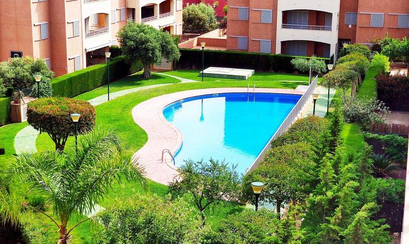 MSJ59 Espacioso Duplex En Ultima Planta Marina Sant Jordi, location de vacances à Calafat