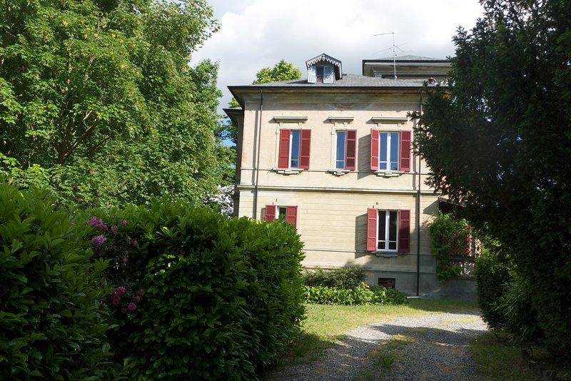 Villa Liberty sulle Colline Piacentine, alquiler de vacaciones en Nibbiano