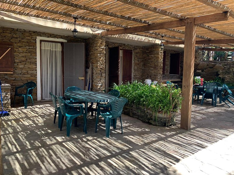 Appartamento Capo Falcone 6 posti letto e 2 bagni, holiday rental in Stintino