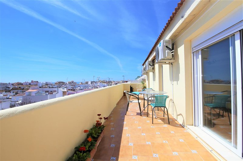 Apartment ALGASOL, location de vacances à Estepona