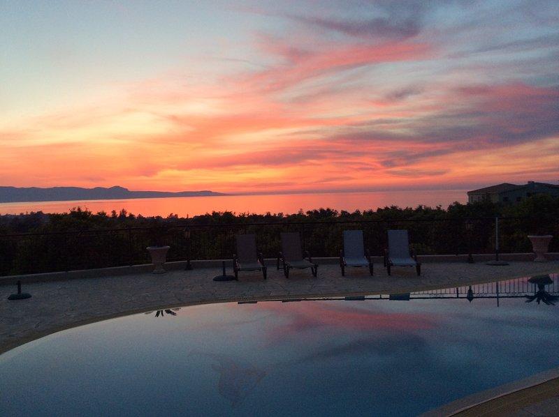 Webooking Sunset Villa, holiday rental in Argaka