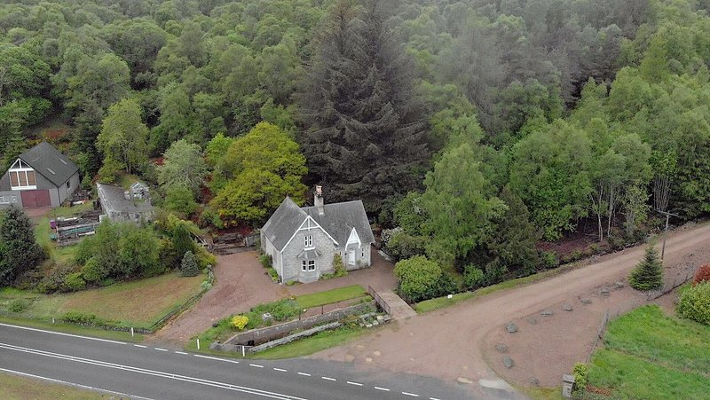 Aerial view of the Kennels cottage.