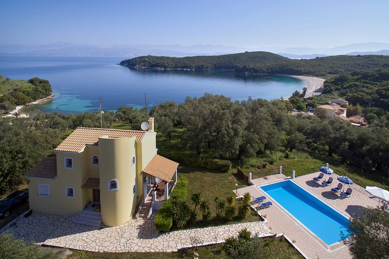 VILLA ILIANA, holiday rental in Agios Stefanos