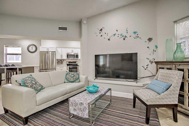 Miami Home w/Pool - 5 Mi to Sunny Isles Beach, holiday rental in North Miami Beach