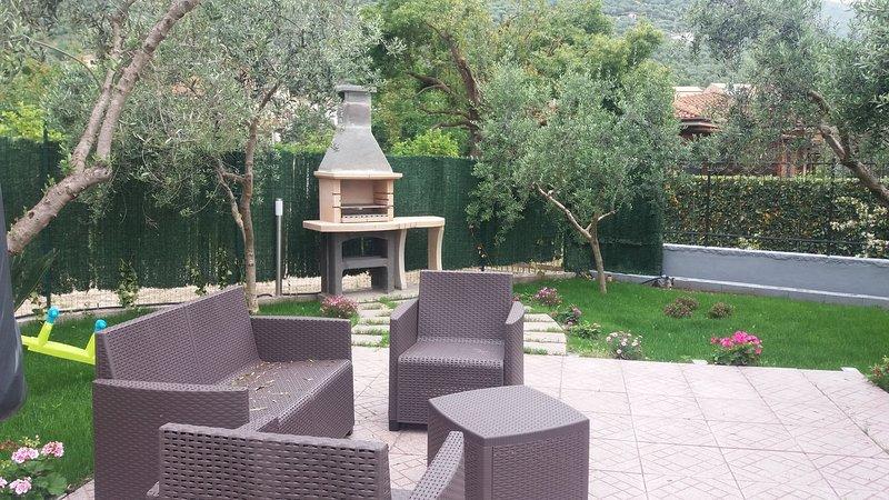 Nice apt with garden & terrace, alquiler vacacional en Prossedi