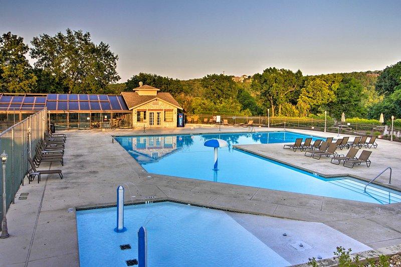 Este alquiler de vacaciones se encuentra en la comunidad de Pointe Royale Resort.
