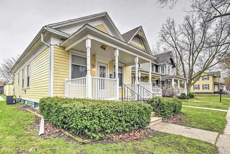 Book this charming home for your next stay in St. Joe!