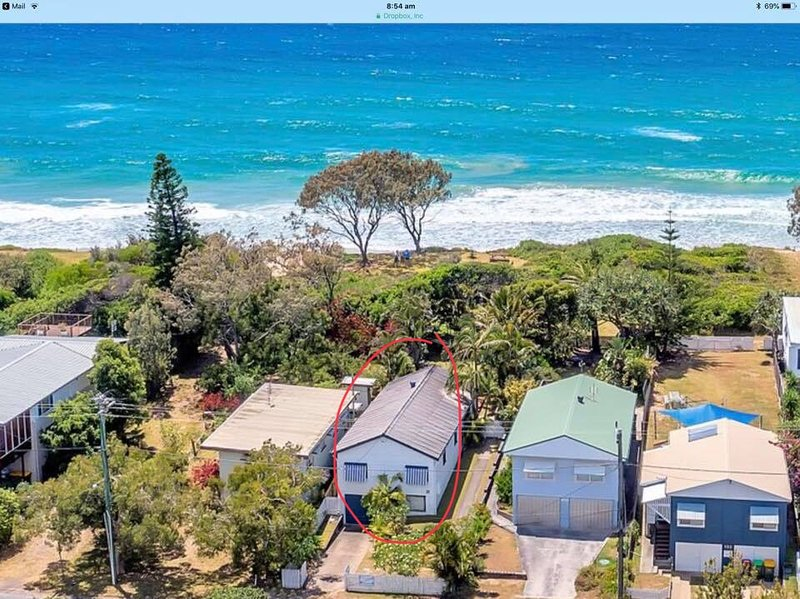 Aerial view of Finns Beach House. 4 bedroom beachfront property and we are pet friendly.