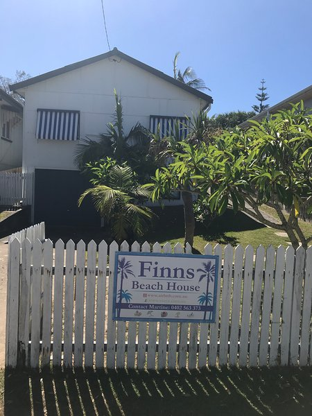 Finns Beach House, 4 bedroom beachfront property. We are pet friendly.