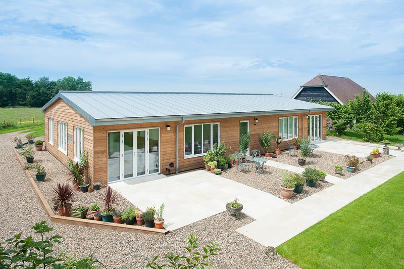 Apple Barn at Great Field Farm, Stelling Minnis, Canterbury, holiday rental in Brabourne