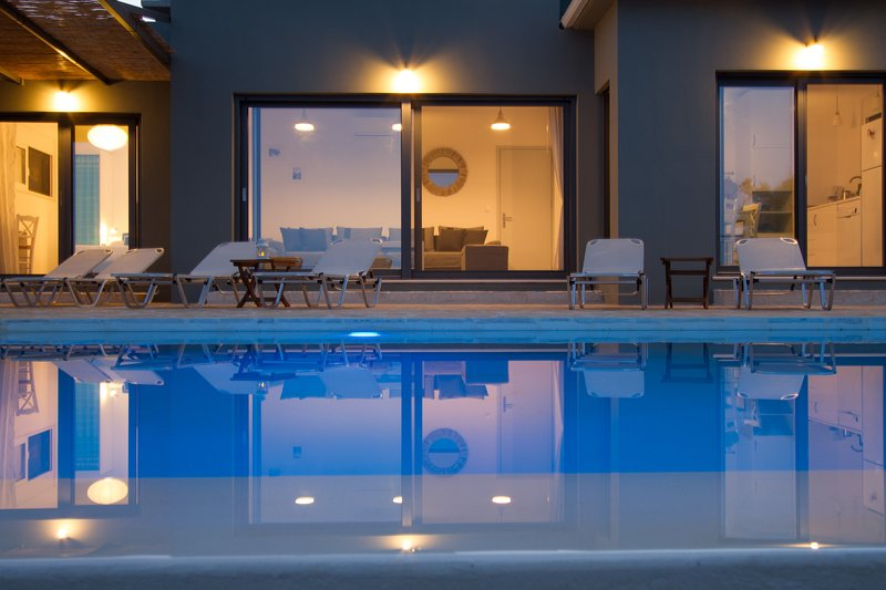 Villa Atokos - infinity pool on sea view with magic sunrise, holiday rental in Evgiros