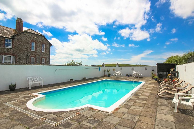 Mucklow Cottage, alquiler vacacional en Widemouth Bay