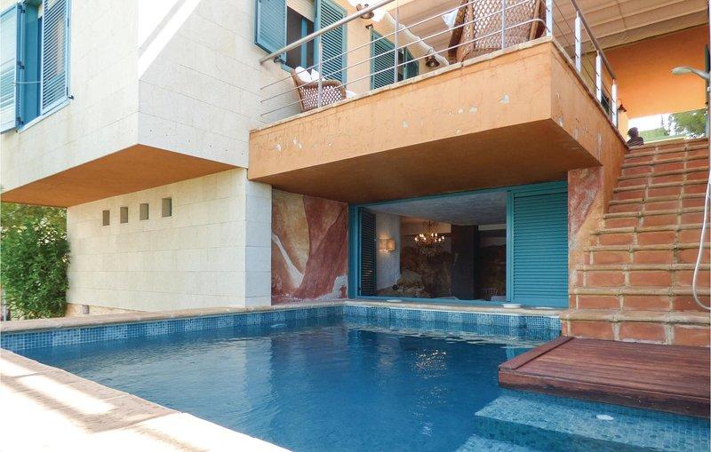 Stunning home in Isla Plana-Cartagena with Outdoor swimming pool, Outdoor swimmi, holiday rental in Isla Plana