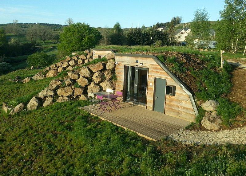 Acesso, terraço e mobiliário de jardim privado
