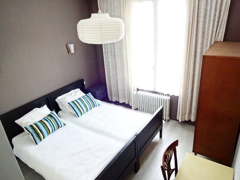 chambres d'hôtes au bord du Lot à proximité de Conques, holiday rental in Grand-Vabre