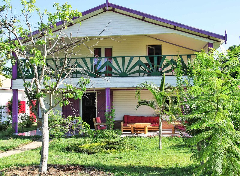 Spacious villa with sea view & Wifi, vacation rental in Toamasina Province