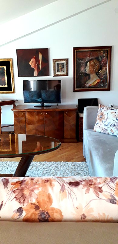 Stylish apartment in Ohrid, holiday rental in Kalista