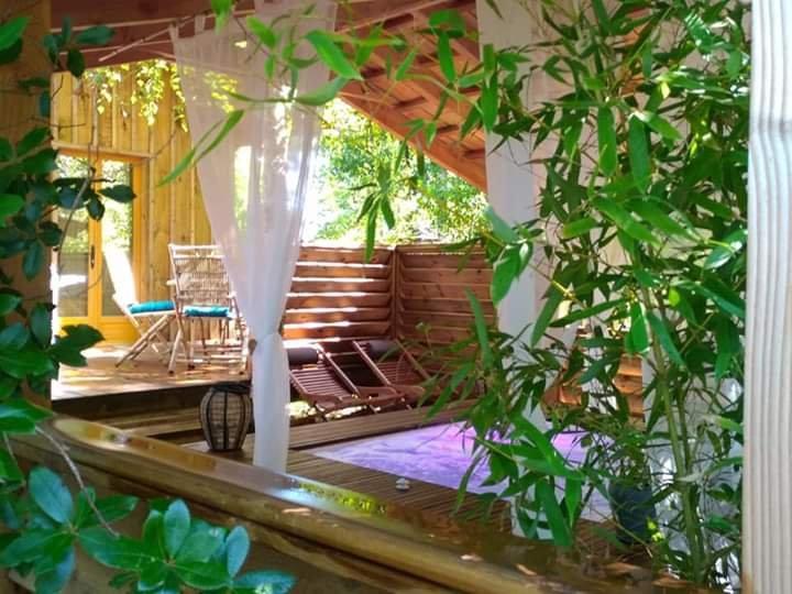 Chalet SAVANNAKETH avec SPA PRIVATIF pour 2 pers à LACANAU, vacation rental in Lacanau