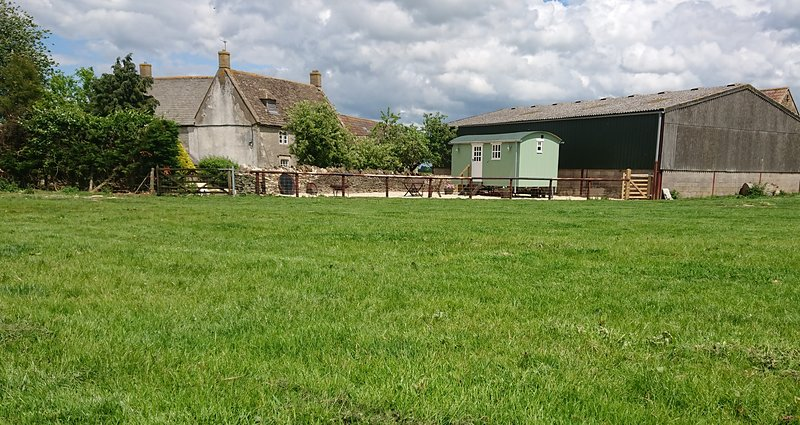 Shepherds Hut on Cotswold Farm near Castle Combe, holiday rental in Dyrham
