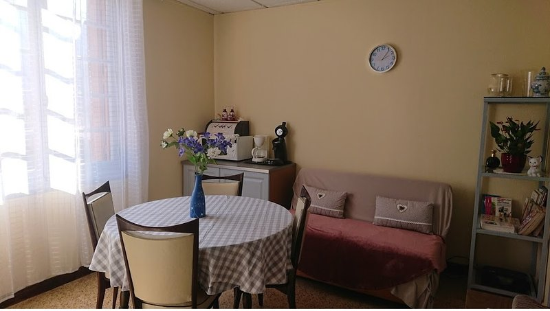 Apartment with mountain view – semesterbostad i Arles-sur-Tech