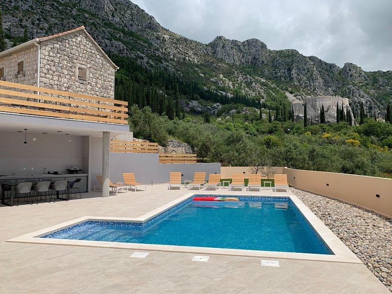 Villa Castellum Canalis, holiday rental in Zastolje