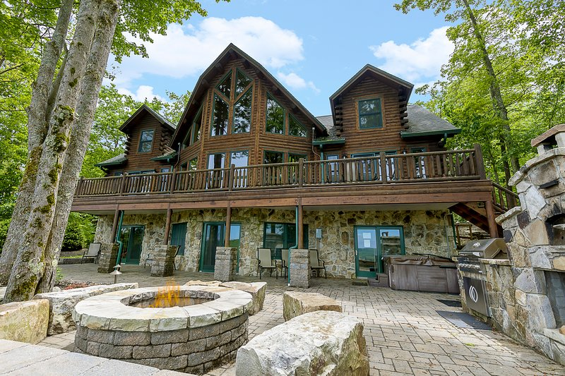 Mountain View Lodge, vacation rental in McHenry