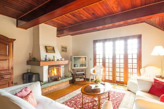 Cozy Apartment near Baden Baden and Capivari - CJO001, holiday rental in Campos Do Jordao