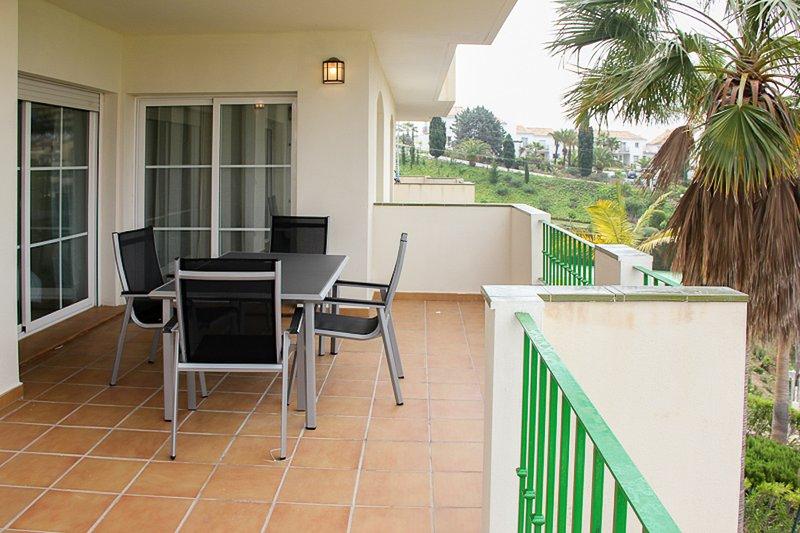 Apartment In The Resort Riviera del Sol, Marbella, vacation rental in Mijas