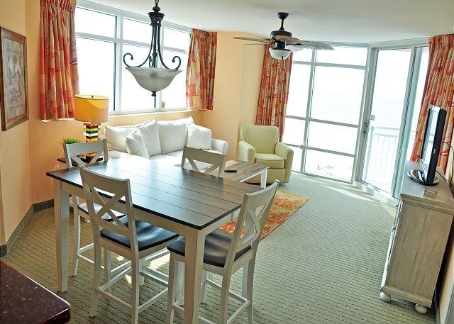 Oceanfront 2BR/2BA PRINCE RESORT located at 3500 N Ocean Blvd, vacation rental in North Myrtle Beach