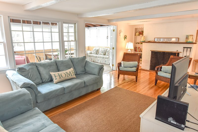 #904: Newly furnished, A/C, Golf & Town Nearby, Minutes to Beach, Dog Friendly!, Ferienwohnung in East Dennis
