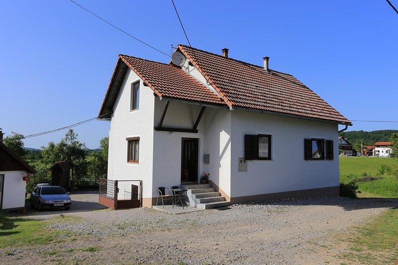 Two bedroom apartment Oštarski Stanovi, Plitvice (A-17475-a), location de vacances à Ostarski Stanovi