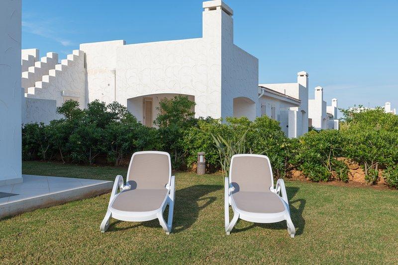 Blue Sea, Villa Libeccio with pool, casa vacanza a Costa Merlata