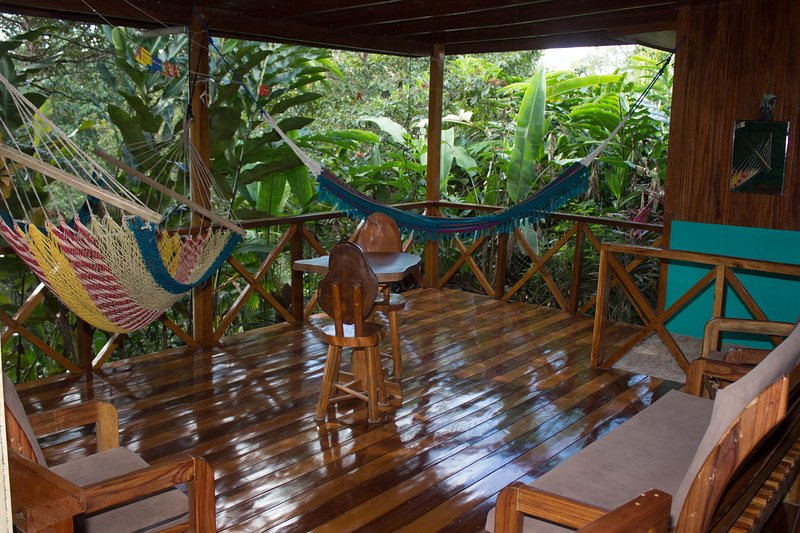 Casita con vista al bosque primario, vacation rental in Corcovado National Park