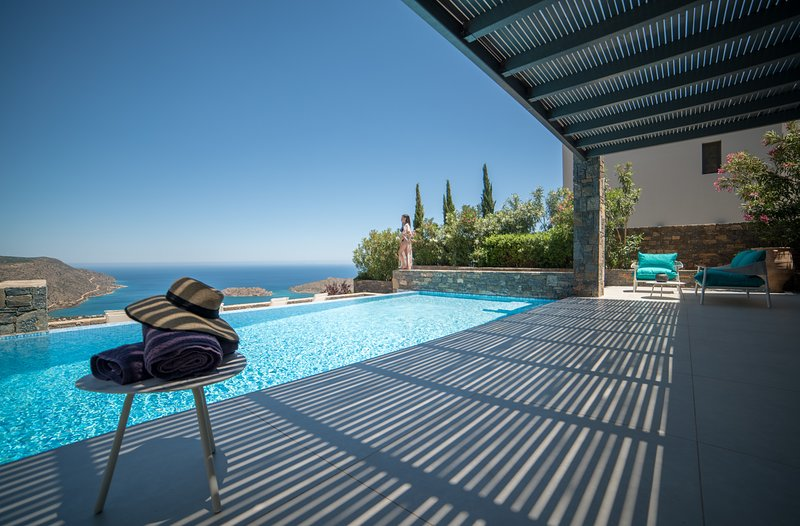 Villa Sendal - Exclusive Luxury in a Modern Villa with Stunning Views, vacation rental in Agia Paraskevi