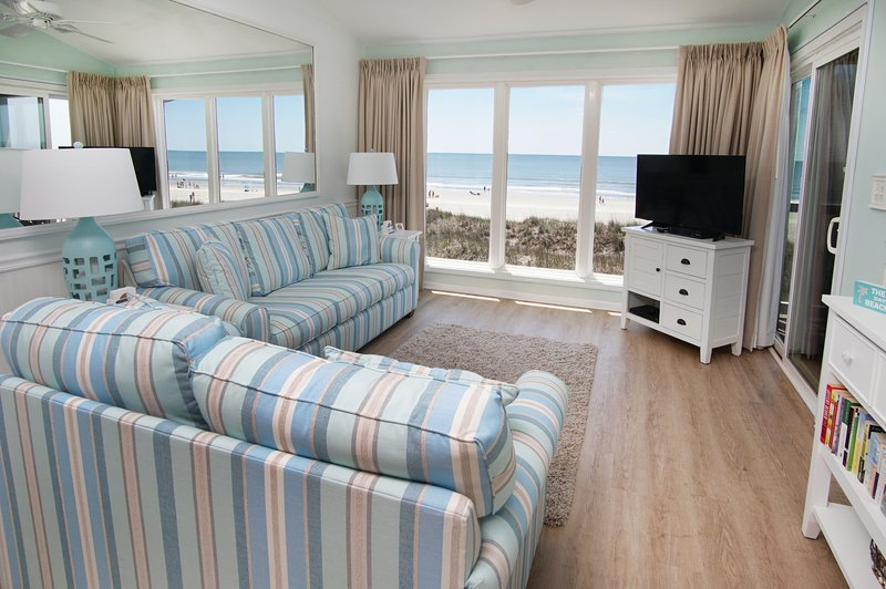 Best Direct Ocean Front Everyone Says View is Unbelievable!, holiday rental in North Myrtle Beach