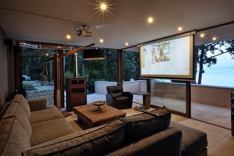 Cinema Studio with sea-view