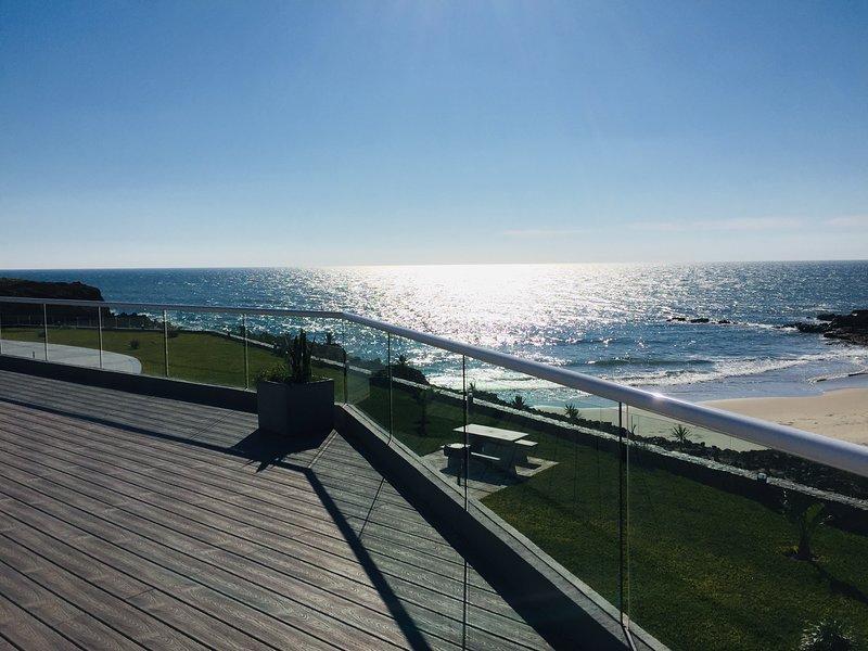 La Jolla Excellence Luxury Condominium Complex, vacation rental in San Antonio del Mar
