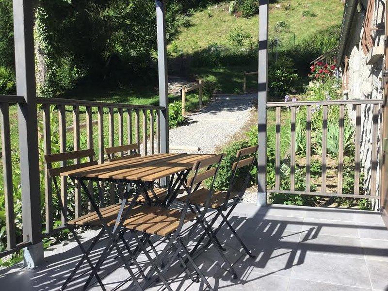 terrasse du gite été résidence au chalet des quatre saisons.
