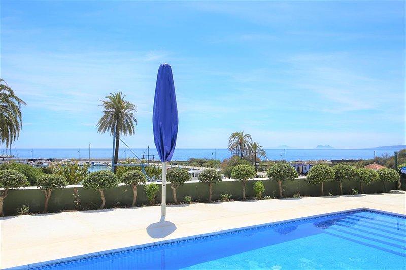 Apartment LORNA, location de vacances à Estepona