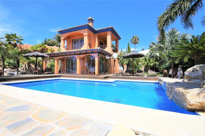 Splendida villa con piscina favolosa