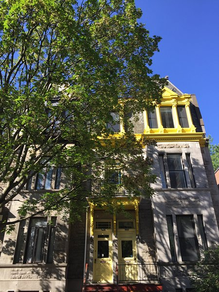 Le 3566 Hutchison, holiday rental in Mont-Royal