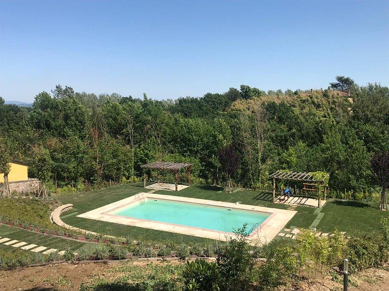 Villa Giuliana pool and gardens