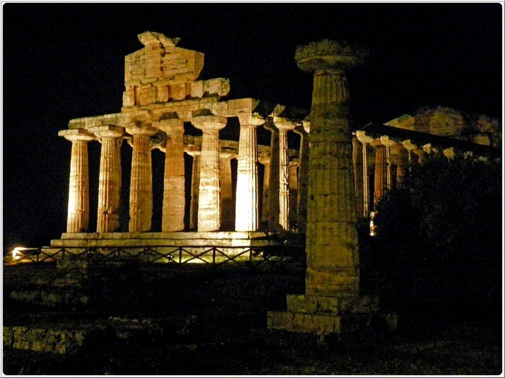 Temple complex Paestum (approx. 1 hour)