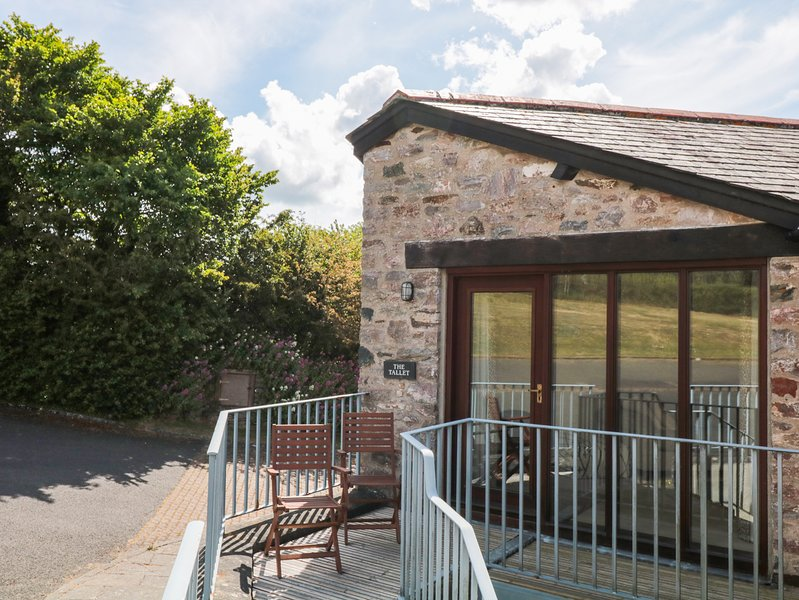 The Tallet, attractive cottage in the grounds of Dittisham Court, a short, alquiler vacacional en Stoke Gabriel