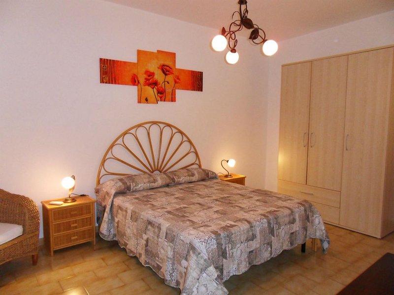 Appartamento a pochi passi dal mare, holiday rental in Grecale