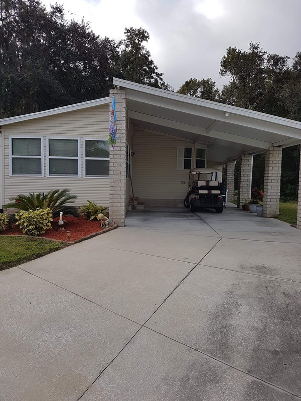 Stunning Over 50 Gated Golf and Modular Home Community, holiday rental in Auburndale