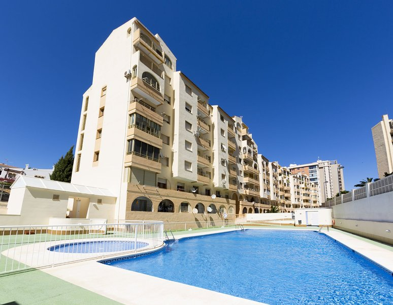 Mare Nostrum 8-5E - Apartment with pool and seaviews close to the beach in Calpe, holiday rental in Calpe