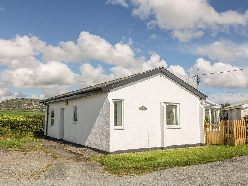 Maes Y Coed, Morfa Nefyn, holiday rental in Cylch-Y-Garn