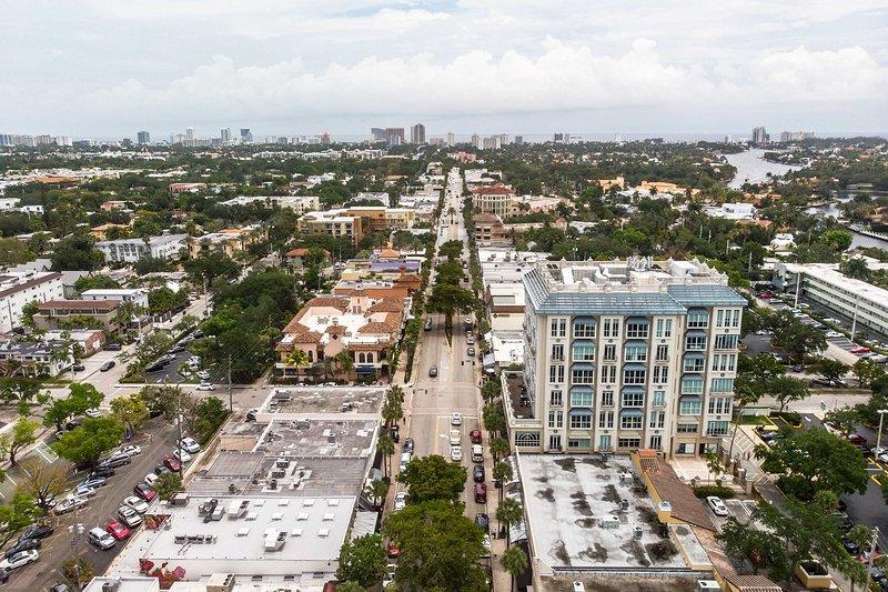 Famous Las Olas Boulevard is just 6 miles away.
